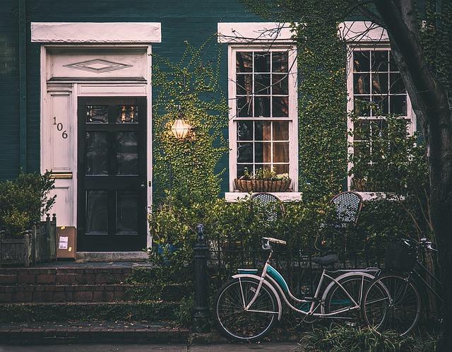 Urządzanie domu lub mieszkania.